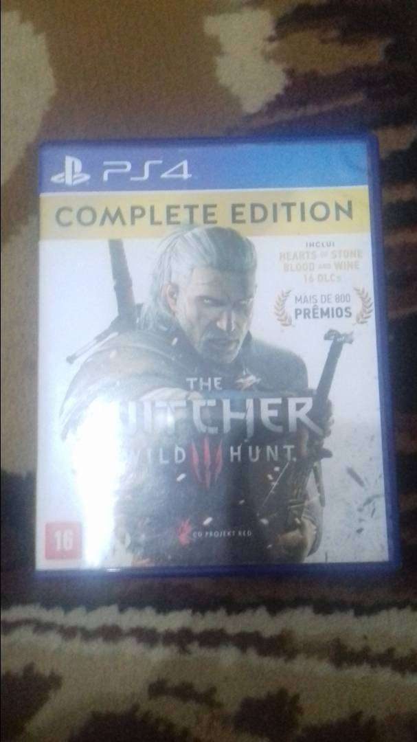 The Witcher 3 Complete Edition PS4 0