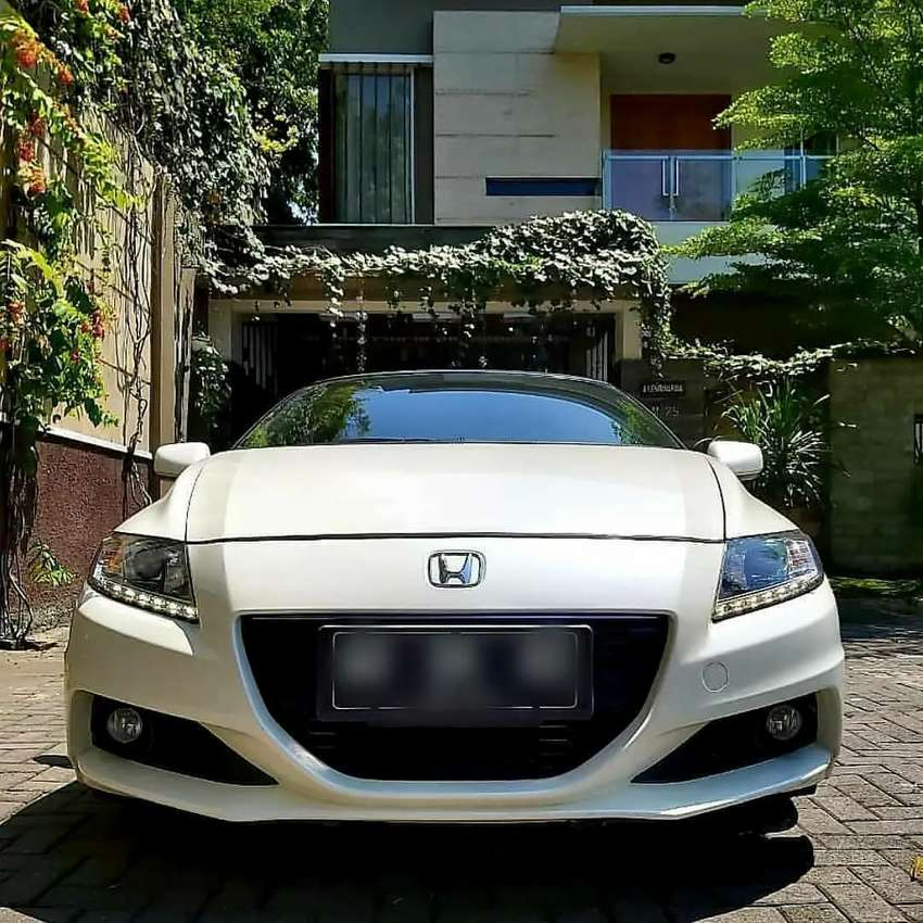 HONDA CRZ 1.5 sport coupe(2 pintu) Automatic,th  2015 ,km 10 rb 0