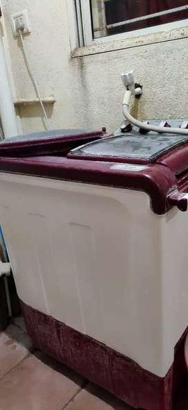 Whirlpool 1yr old washing machine semi automatic 8kg