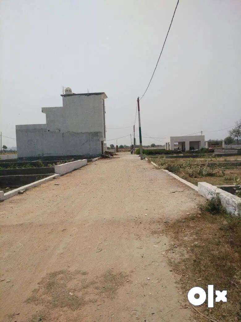 %It is a big deal for  Plots at affordable price.%