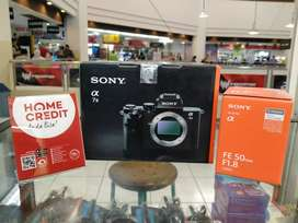 Kredit Sony Alfa 7 II lensa fe 50mm