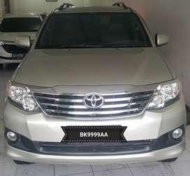 Toyota Fortuner 2012 G m/t