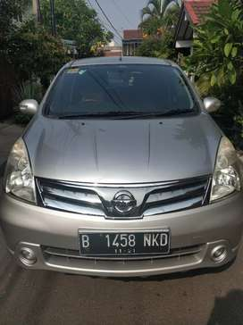 Jual Mobil Nissan Grand Livina 1.8 ultimate