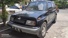 Suzuki escudo jlx 1996 hrg 62 jt