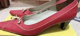 Sepatu pantofel merk Aris