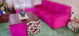 Sofa L dan meja 4 kursi