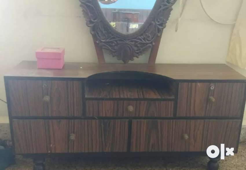 Dressing table furniture 0