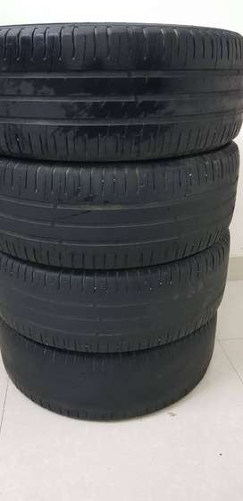 16inch Tyre 4 nos Rs.1500 70% used