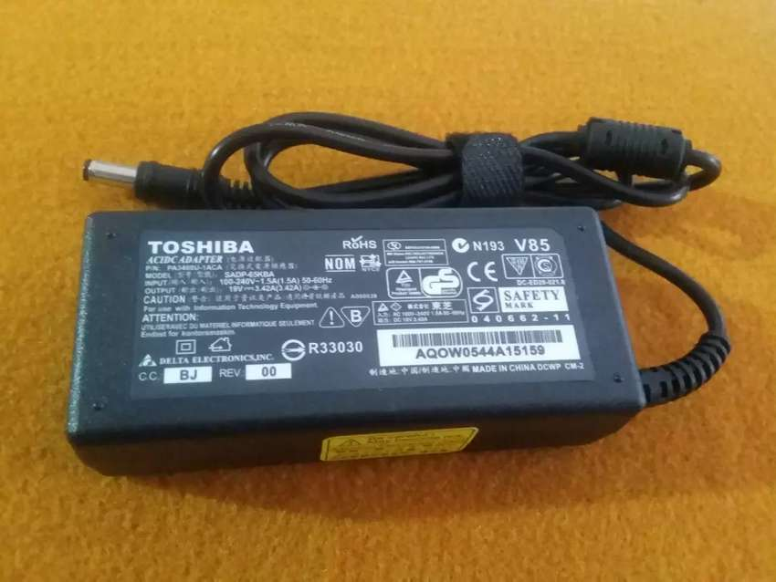 Charger Laptop Toshiba Nb520 0