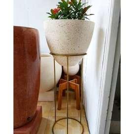 Pot Modern Teraso Unik Untuk Dekorasi
