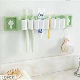 Kitchen utensils holder