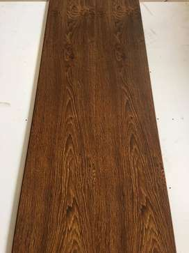 "Wooden Laminate Floor 8"" x 48"""