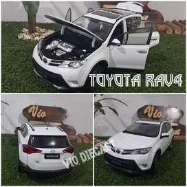 Diecast Miniatur Toyota Rav4