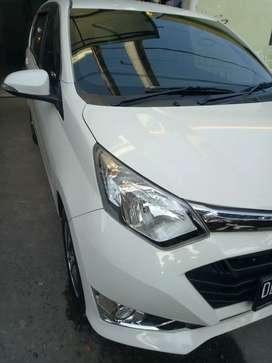 Daihatsu sigra R 1.2cc 2017 manual putih