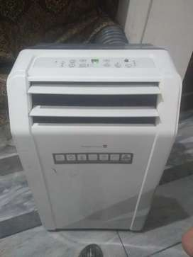 1 tonn chiller mobile Ac with steplizer with full lush condition.