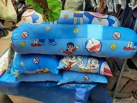 Menjual berbagai jenis bantal dan sarung bantal