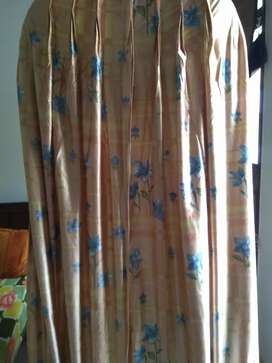 Curtains with pleets
