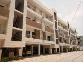 Fully furnished 3bhk luxury flat in Zirakpur near Vip Road