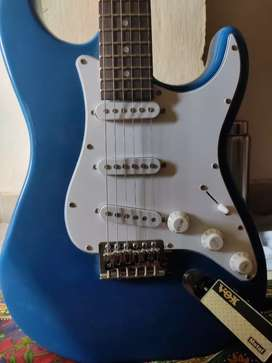 Electric Guitar blue and white and VOX Amplifier (BARGAINING ALLOWED)