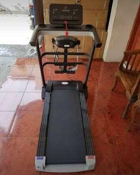 Elektrik treadmil New Genova >> Bisa Cod Total Fitness
