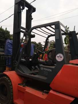 Forklift Toyota 7 Ton Second