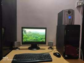 Specification of Desktop PC :-  (1) Monitor