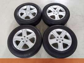 Velg Original Suzuki Vitara Ring 17 + Ban Bridgestone 225/65/R17