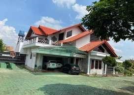 Rumah mewah tanah luas di Lampung