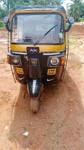 Good condition auto rikshaw