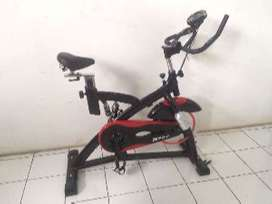 Spinning Bike JLS Hitam Sport Black Red Total Fitness