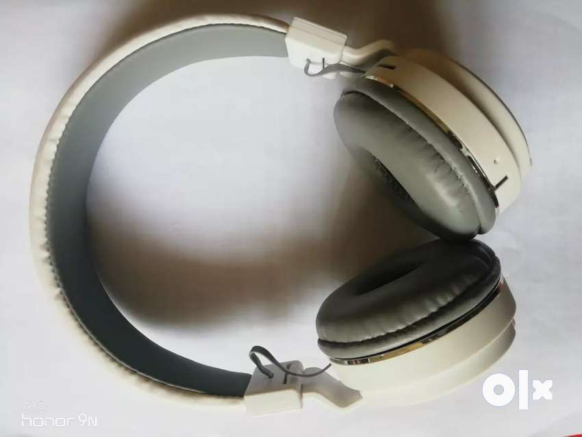JBL headphone 0