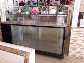 Food display counter for restaurant and bakry