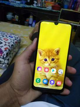 Samsung a30 64 GB 5 month old