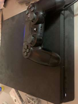 PS4 slim with latest games