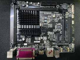 Gigabyte GA-3050M -D3P motherboard for sell at rs 2000/-