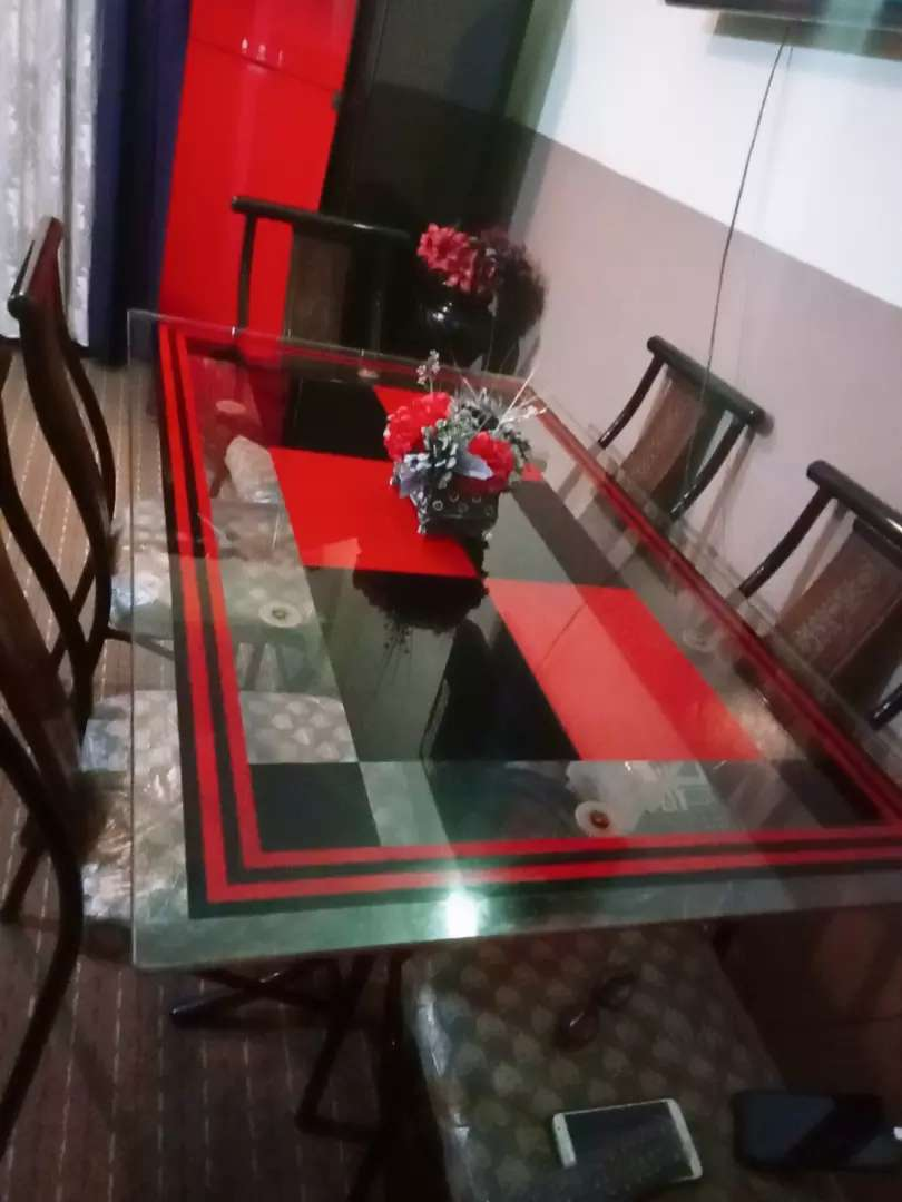 dining table red and black style 0