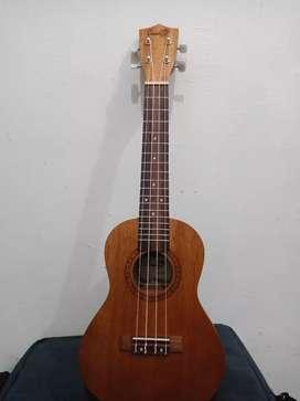Dijual ukulele cowboy uk.23