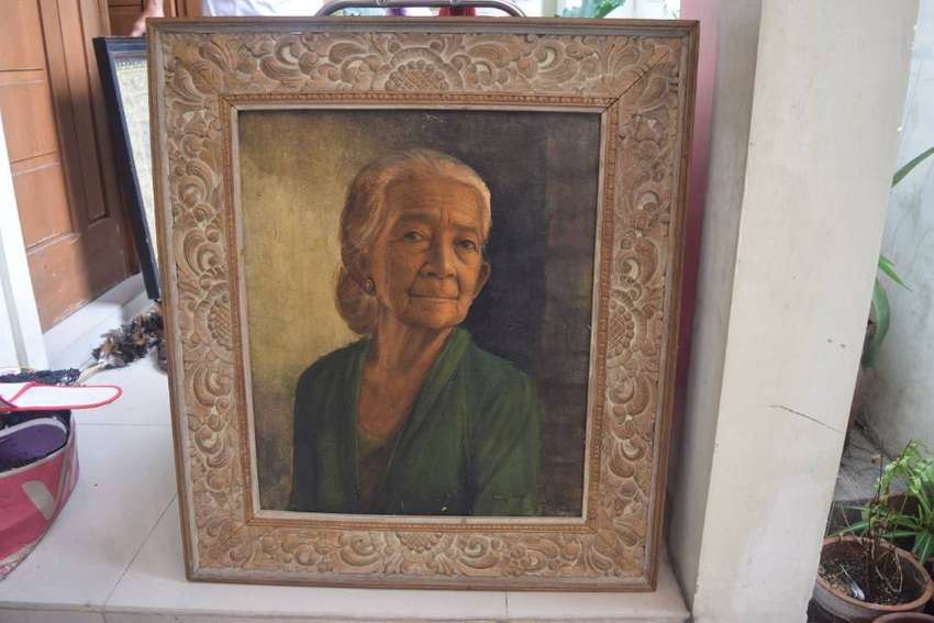 """Lukisan wanita Bali, karya """"Dullah, cacing"""" Solo 0"""