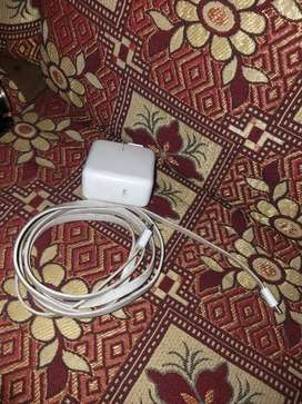 mobile charger apple