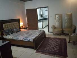 1 bedroom fully furnished luxury flats in Bahria Town