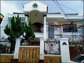 Rumah mewah 2 lantai di Duren Sawit Jakarta Timur
