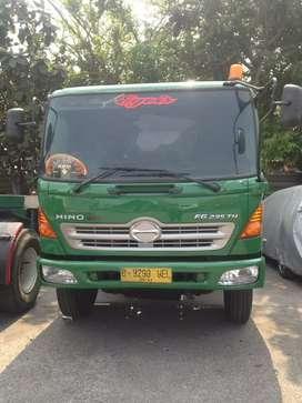 Beda!! Negoo!! Hino FG235 tractor head trailer truk hino FG 235