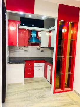 3bhk flats available in near metro station and road