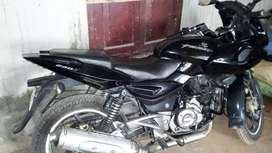 Pulsar 220 in very good condition all papers updated