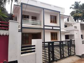 5 bed room/2100 SqFt/5cent/60 lakh/AranattukaraThrissur