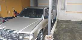 Mercedes benz E-class 300e