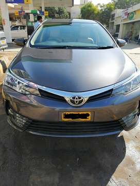 Toyota Corolla facelift 2018 available with driver in Karachi