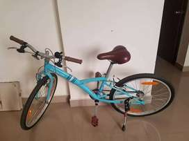Decathlon cycle for age 12 years and above. Very good condition.