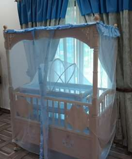 Baby bed and cot