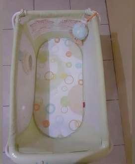 Box Baby atau Tempat Tidur Bayi